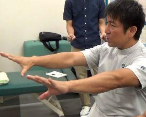 野球肘に対し、患部の血流をよくするためのグーパー運動はとくにお勧め。パー